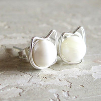 Kitty Cat Stud Earrings  Sterling Wire Wrapped by contempojewels