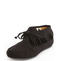 FRINGE-TRIM SUEDED MOCCASIN