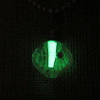 Glow in the Dark Necklace - Magic Vial No. 8 - FREE U.S. SHIPPING