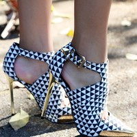 Wild Rose Wilson-01 Checker Cut Out Booties | MakeMeChic.com