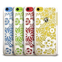 GreatShield TACT Series Design Pattern Rubber Coating Ultra Slim Fit Hard Case Cover for Apple iPhone 5C (Flora - White)
