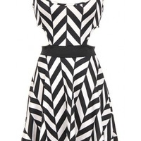 The Cut Out Black & White Dress - 29 N Under
