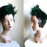 Vintage 1940s Black & Green Feathered Halo Tam hat