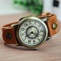 Unique Handmade Vintage Round Watch with Leather Belt 152 DP0119