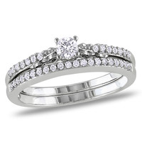 1/3 CT. T.W. Diamond Bridal Set in 10K White Gold