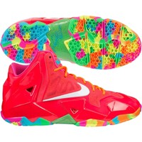 Nike Kids' Grade School LeBron XI Basketball Shoe
