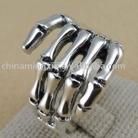 Source Skeleton Hand Ring on m.alibaba.com