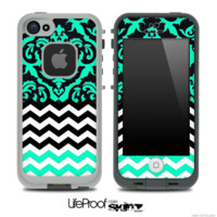Mirrored Trendy Green V2 Chevron Pattern Skin for the iPhone 5 or 4/4s LifeProof Case