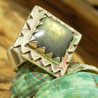 The Square Labradorite Sterling Silver Ring by heartisticsilver
