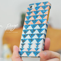 Apple iphone case for iphone iphone 5 iphone 5s iphone 5c iphone 4 iphone 4s iPhone 3Gs : Colorful triangle on blue leaf background