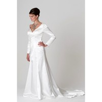 Gorgeous V-shaped Neckline Taffeta Long Sleeves Wedding Dress