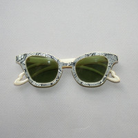 50s CAT EYE SUNGLASSES / Glam Glitter Lace Print Pearl Plastic