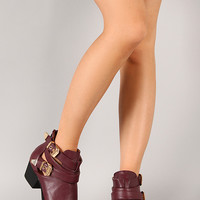 Wild Diva Lounge Audrey-03 Buckle Cut Out Ankle Bootie