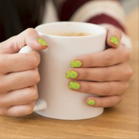Green With Yellow Daisy: Retro Minx Nails