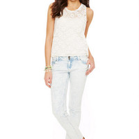 Jayden Low-Rise Double Button Skinny Jean in Bleached Acid Wash