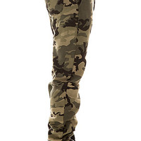 The Quality Dissent Fleece Pants in Field Camo