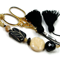 Scissor Fob, Black, Cream, Ivory, Quilting, Sewing, Cross Stitch, Needlepoint, Beaded, TJBdesigns