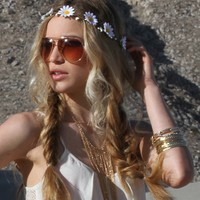 White Daisy Flower Headband