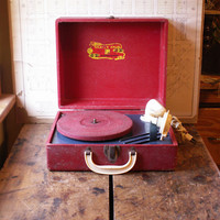 Vintage Red Vanity Fair Phonograph Record Player - Turntable