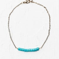 Tiny Bead Bracelet in Green - Urban Outfitters