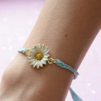 The Daisy Gold and Turquoise Friendship Bracelet