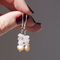 Dangle earrings pink peach baroque pearl rose quartz silver 925 Tiny delicate seed pearl Modern minimal Beach Contemporary Bridal jewelry