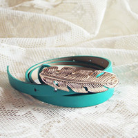Feather Tale Belt in Meadow