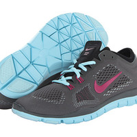 Nike Free TR Fit 4 Red Violet/Bright Magenta/White/Black - Zappos.com Free Shipping BOTH Ways