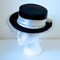 Black Vintage Hat With Net Trim / White Satin Ribbon & Accent Bow / Riding Hat Style / Races / Occasion Wear / Steampunk