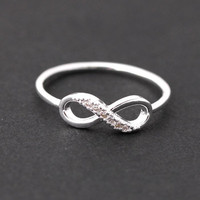 infinite loop ring, silver | bythecoco