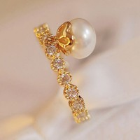 Dangling Pearl On Rhinestone Ring (Gold)