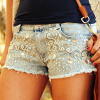 Don't Hold Back Shorts: Denim | Hope's