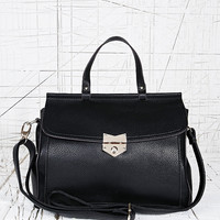 Deena & Ozzy Arrow Lock Bag in Black - Urban Outfitters