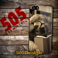 Sloth reading for iPhone 4/4S, iPhone 5/5S, iPhone 5C and Samsung Galaxy S3, S4
