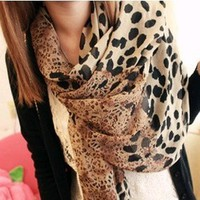 B·LEVE Star favorite coffee leopard scarf shawl