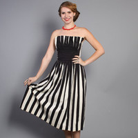 50s Black & White STRIPE DRESS / Strapless Shelf Bust, xs
