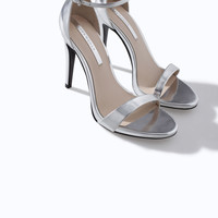 METALLIC HIGH HEEL STRAPPY SANDAL