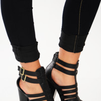 Buckle Me Down Heels: Black