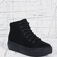 Vagabond Holly Textile High-Top Shoes in Black - Urban Outfitters