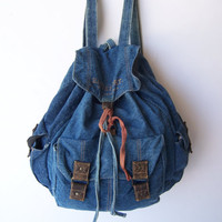 $38.00 Vintage DENIM Rucksack Backpack by ToatsMcgoats on Etsy