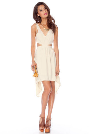 Kenna Cut Out Dress in Sand :: tobi