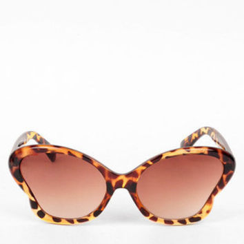 Groovy Cat Eye Sunglasses in Tortoise Fade :: tobi