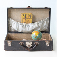 Vintage Black Suitcase by bellalulu on Etsy