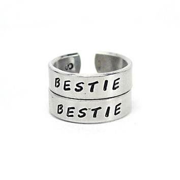 Bestie Best Friend Ring Set, BFF Pair Rings, Friendship Gift, Bestfriend Jewelry, Hand Made Aluminum Ring, Besties Friendship Wrap Rings