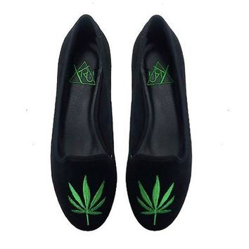 Lavi$h Weed Flats by YRU (Black/Green)