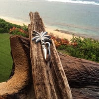 Hawaiian Driftwood Towel Rack
