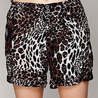 Leopard Soft Short