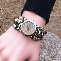 Retro Diamond Pieces Leather Bracelet Watch