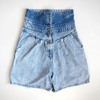vintage denim shorts / fold over jean shorts / high waist denim shorts