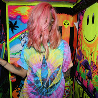 SMOKE SOME TIE DYE